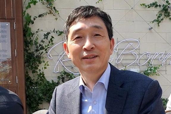 """[핫피플] 이혁 사무총장 """"한-아세안센터 임기 중 '아세안위크'가 가장 기억"""""""