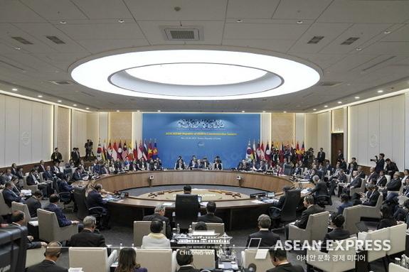 """[ASEAN 칼럼] 션호 """"한국 신남방정책, 코로나19 넘어설 수 있을까?"""""""